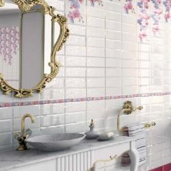 Стилни плочки за баня в бял цвят